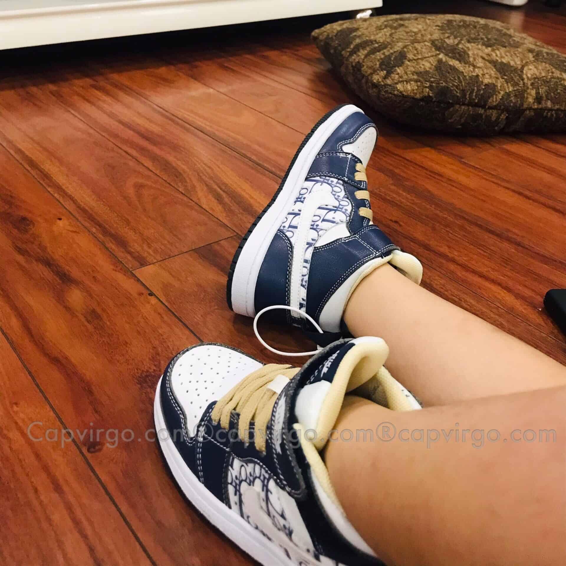 Giày nike Jordan trẻ em DIOR màu xanh navy dán dính