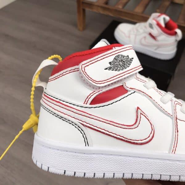 Giày nike Jordan trẻ em màu trắng đỏ dán dính