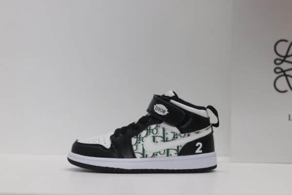 Giày nike Jordan trẻ em DIOR màu đen dán dính