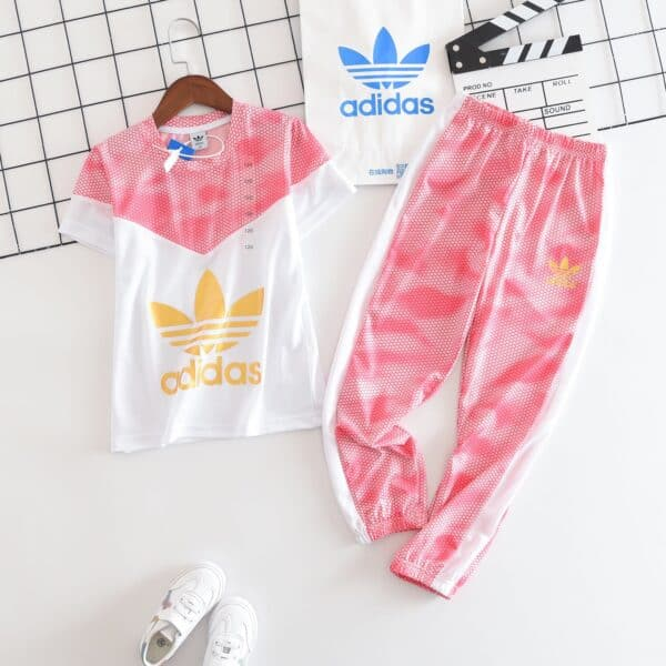 Bộ quần áo Adidas trẻ em Original P750130170