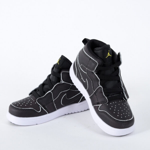 Giày air Jordan 1 trẻ em dán dính màu đen đế trắng