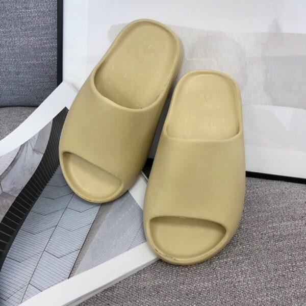 Dép adidas Yeezy màu nude
