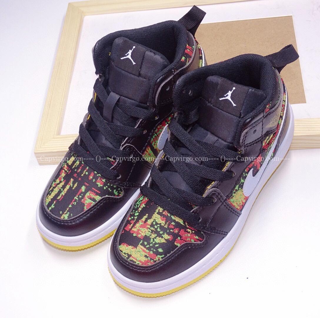 Giày air Jordan 1 trẻ em màu đen họa tiết