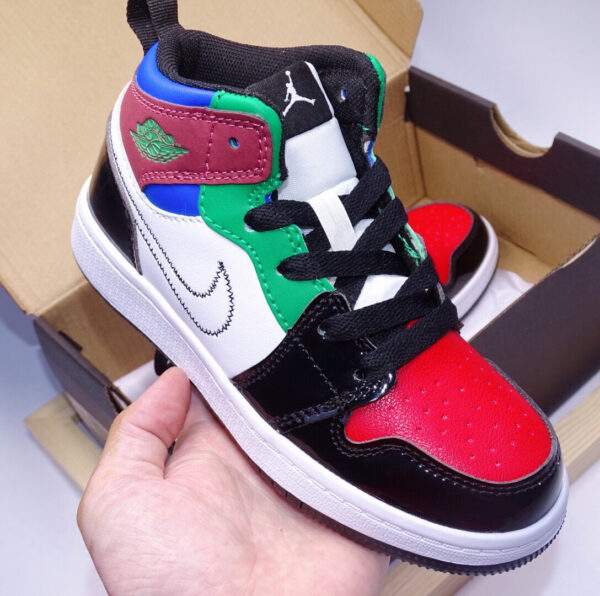 Giày air Jordan 1 trẻ em màu mix xanh đỏ đen