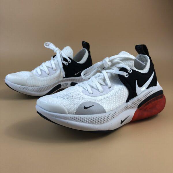 Giày nike Joyride Run Flyknit trẻ em màu trắng đen