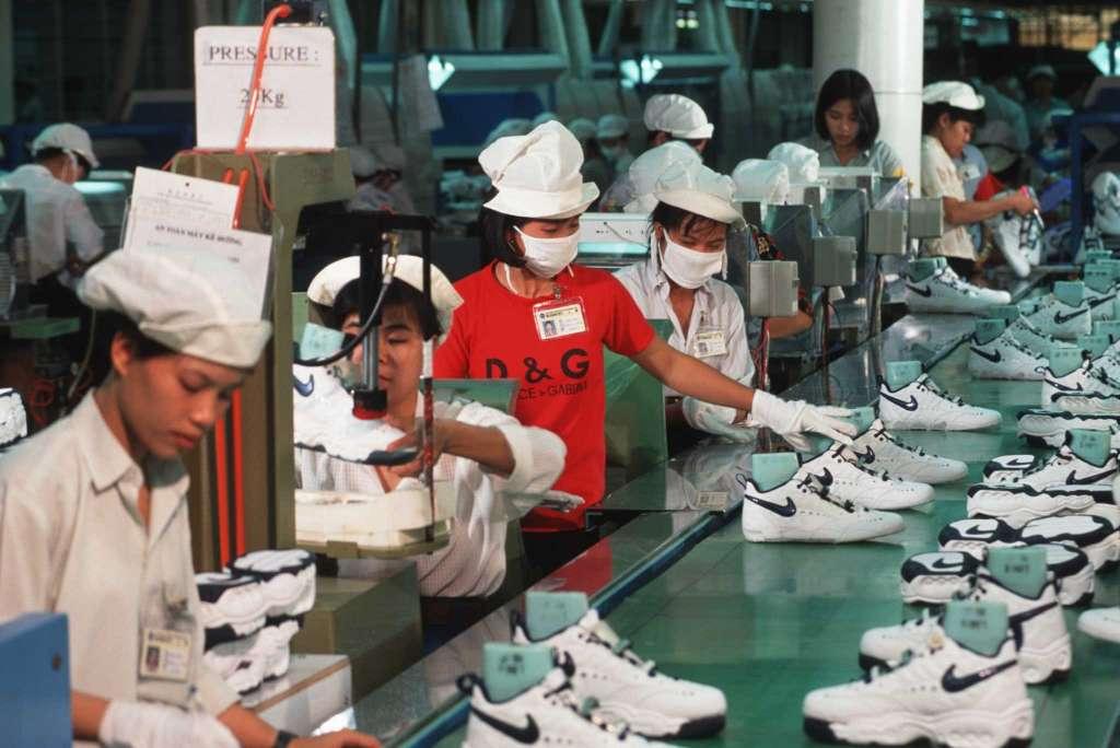 Sỉ giày trẻ em cao cấp tại xưởng