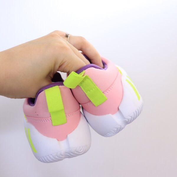 Giày Adidas trẻ em Hippo Campus hoạt tiết lego
