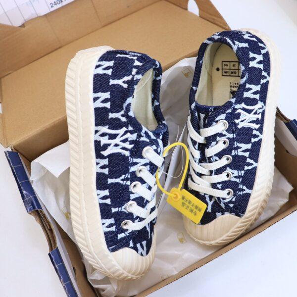 Giày trẻ em MLB NY đế bánh mỳ màu xanh đậm