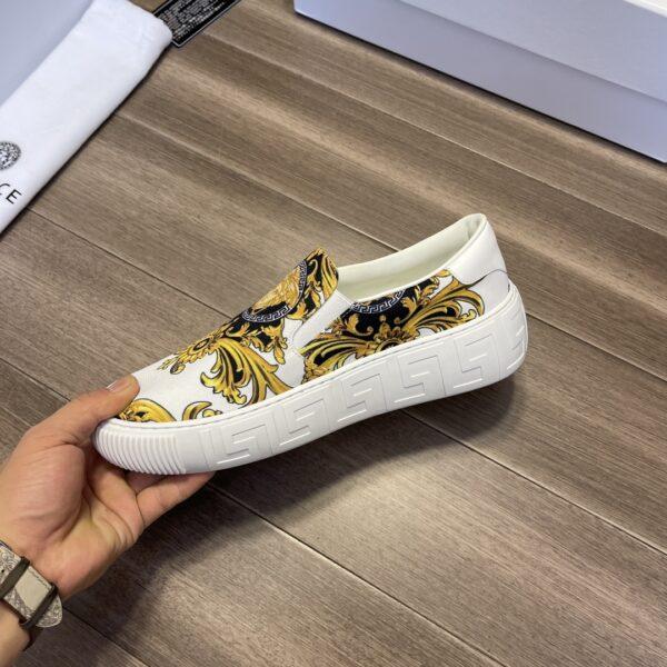 Giày Versace Original Single màu trắng họa tiết vàng