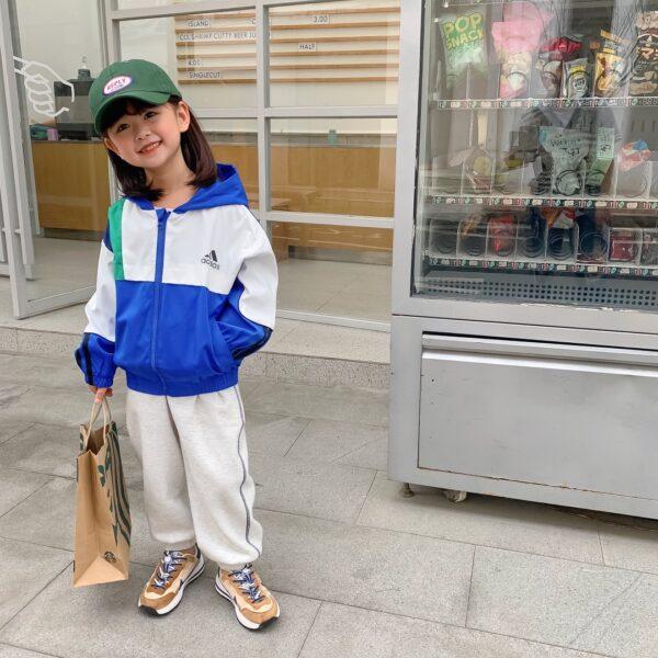 Áo khóa gió có mũ Mosaic adidas trẻ em