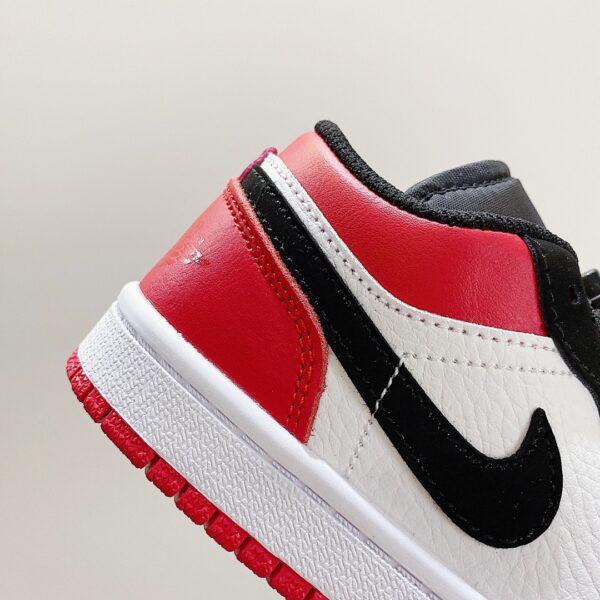 Giày nike jordan low trẻ em màu đen logo đỏ
