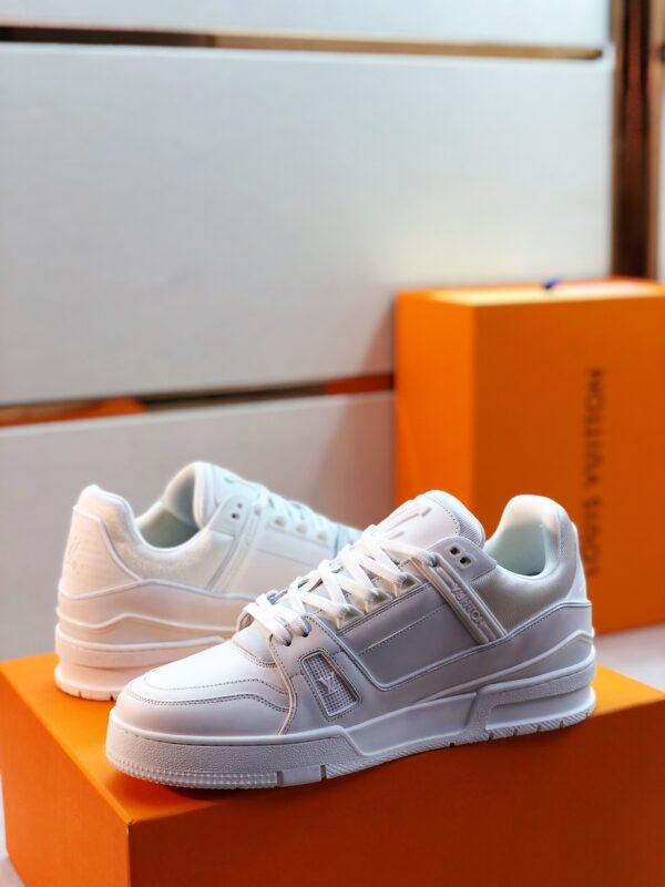 Giày thể thao Louis Vuitton màu trắng