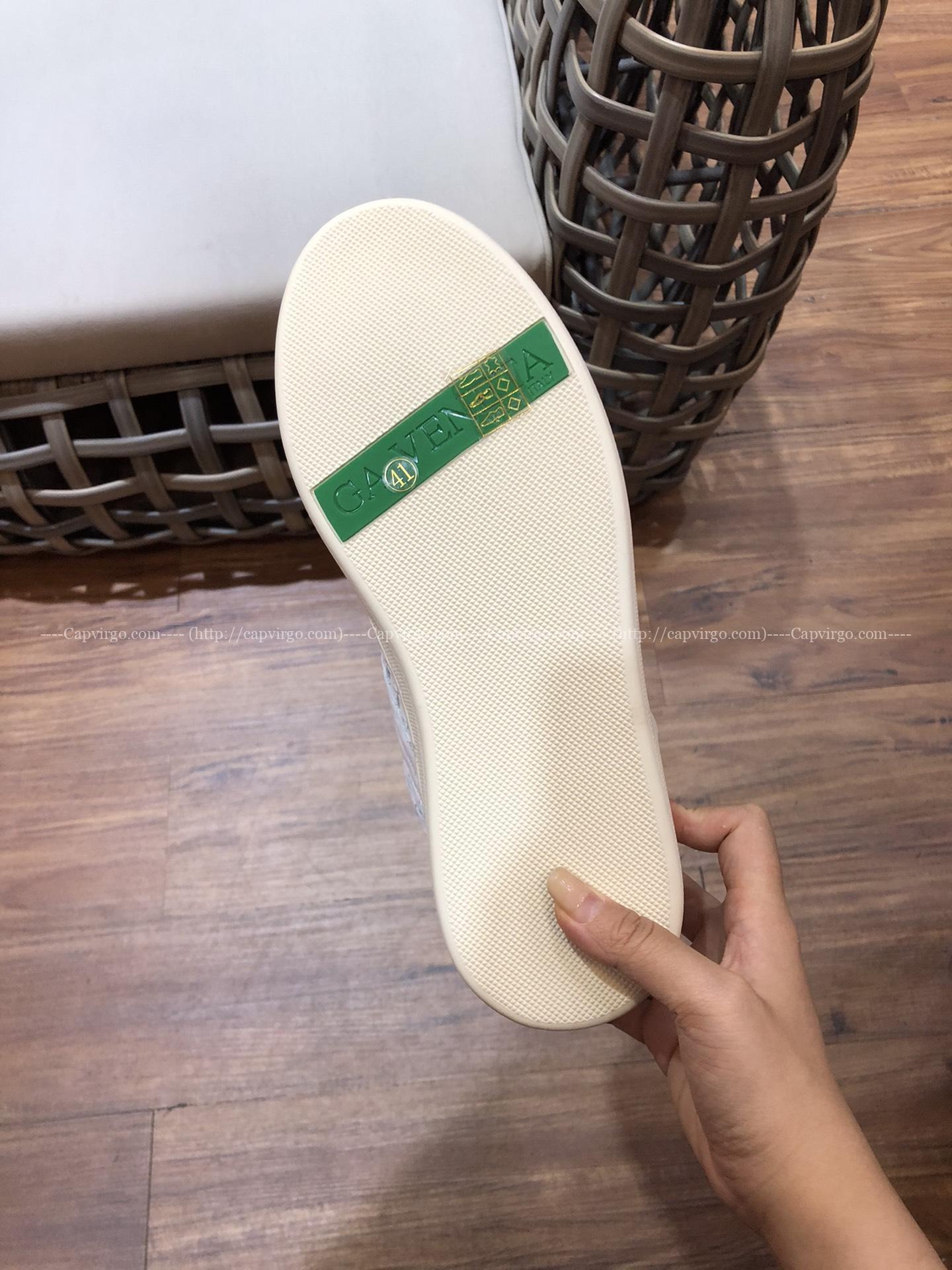 Giày Bottega Veneta cao cổ màu trắng ngọc trai