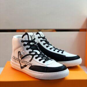 Giày Louis Vuitton cao cổ viền đen