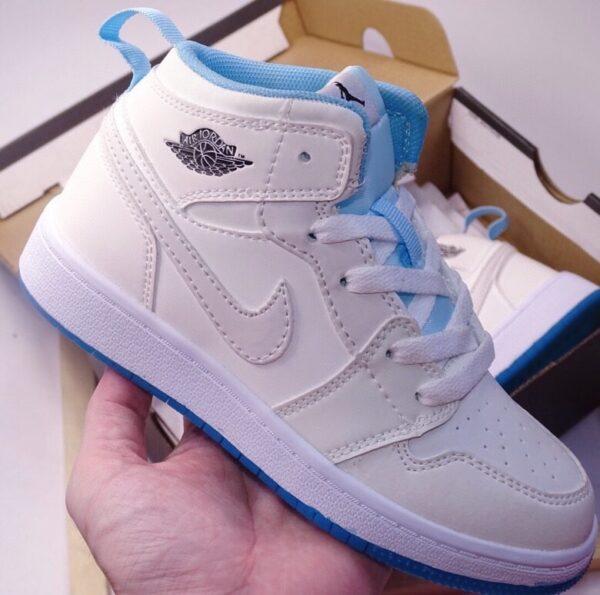 Giày air Jordan 1 trẻ em đổi màu xanh hồng