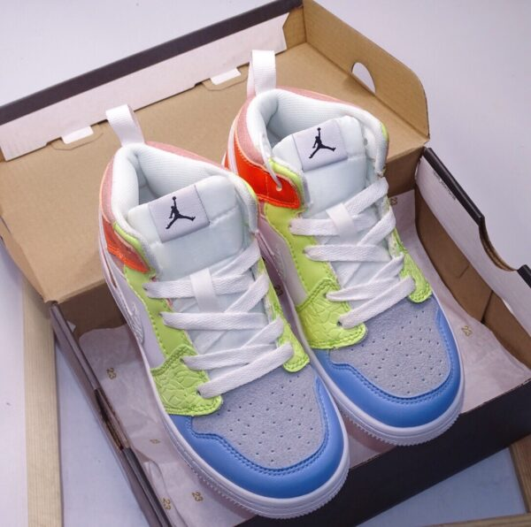 Giày air Jordan 1 trẻ em màu trắng cam xanh
